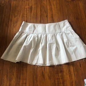 American Eagle Outfitters | Distressed Skirt